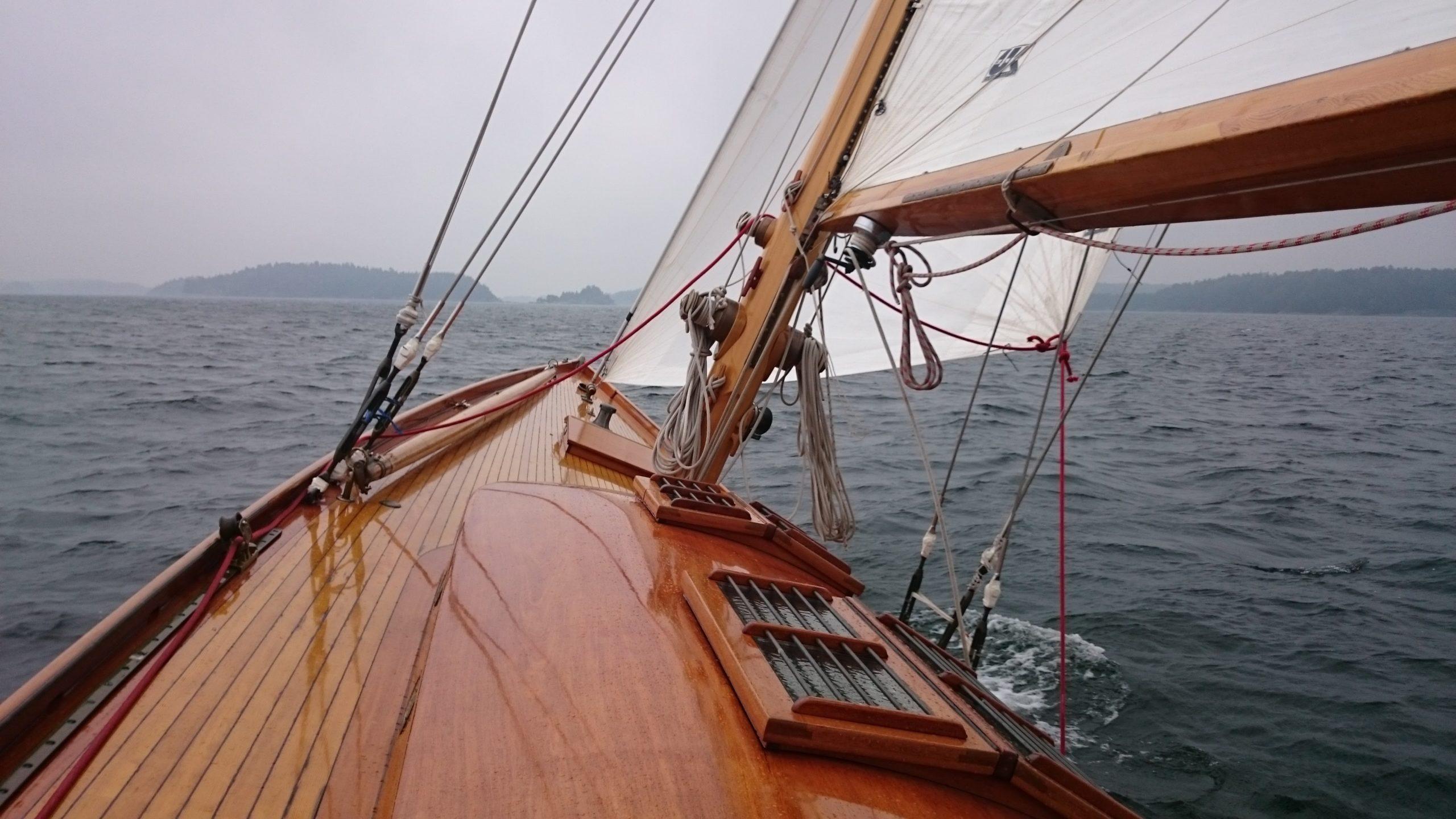 Beatrice Aurore mast